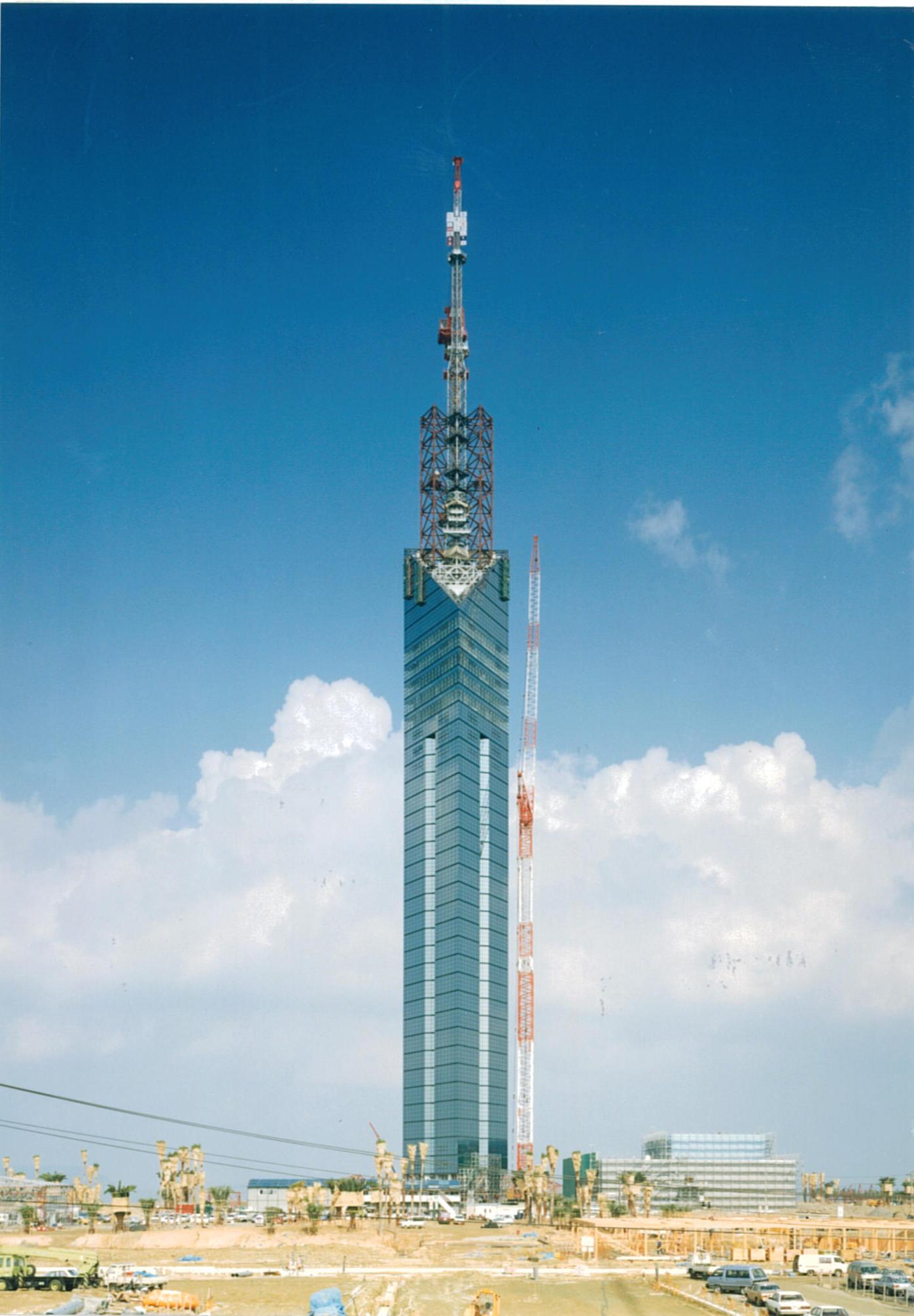 福岡タワー新築工事