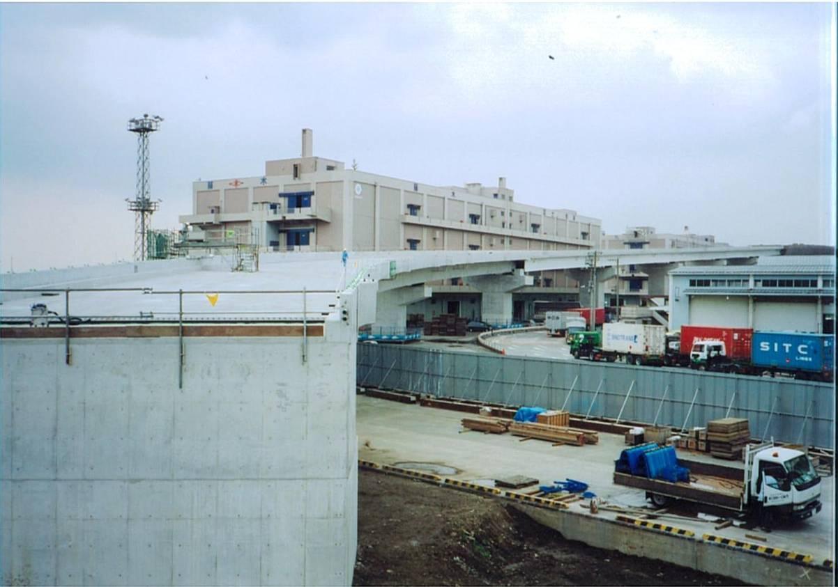 横浜港本牧地区道路高架橋(その3)