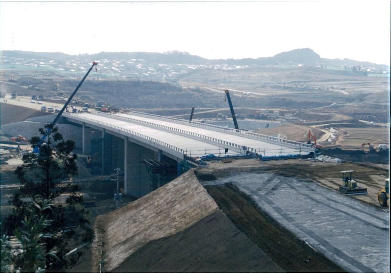 館山自動車道鳥田川橋