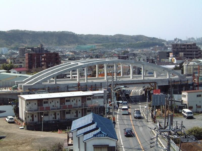 南武線矢野口駅付近高架化(PCランガー桁製作・架設)